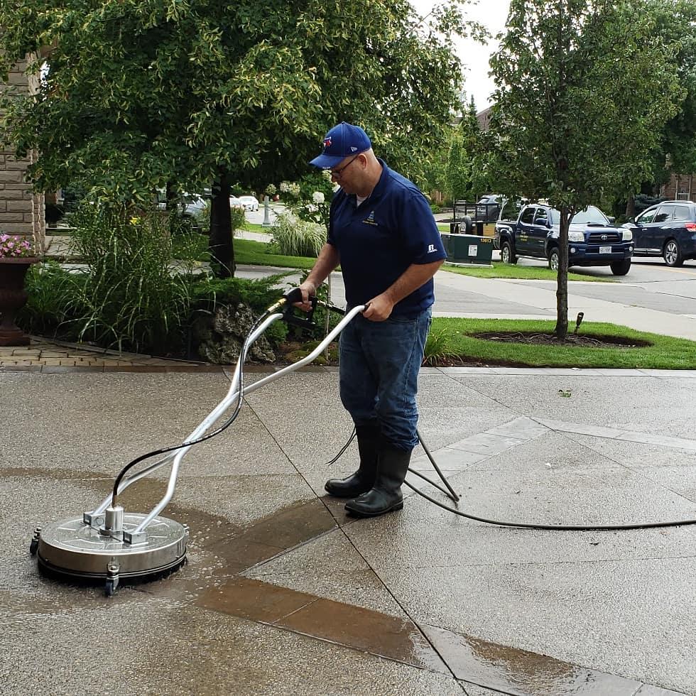 driveway-pressure-washing-oakville