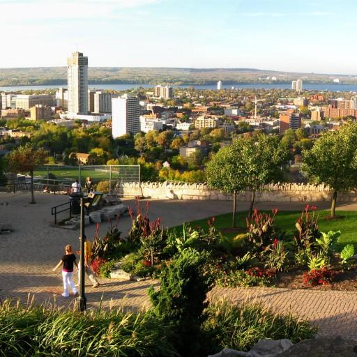 Panoramic_view_of_Hamilton_Ontario-512x512