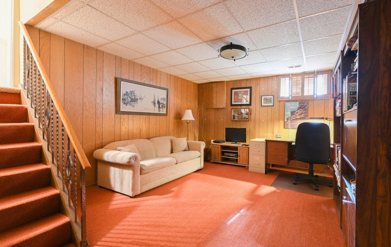 Office room featured at 1466 Bunsden Avenue, Mississauga, ON at Alex Irish & Associates