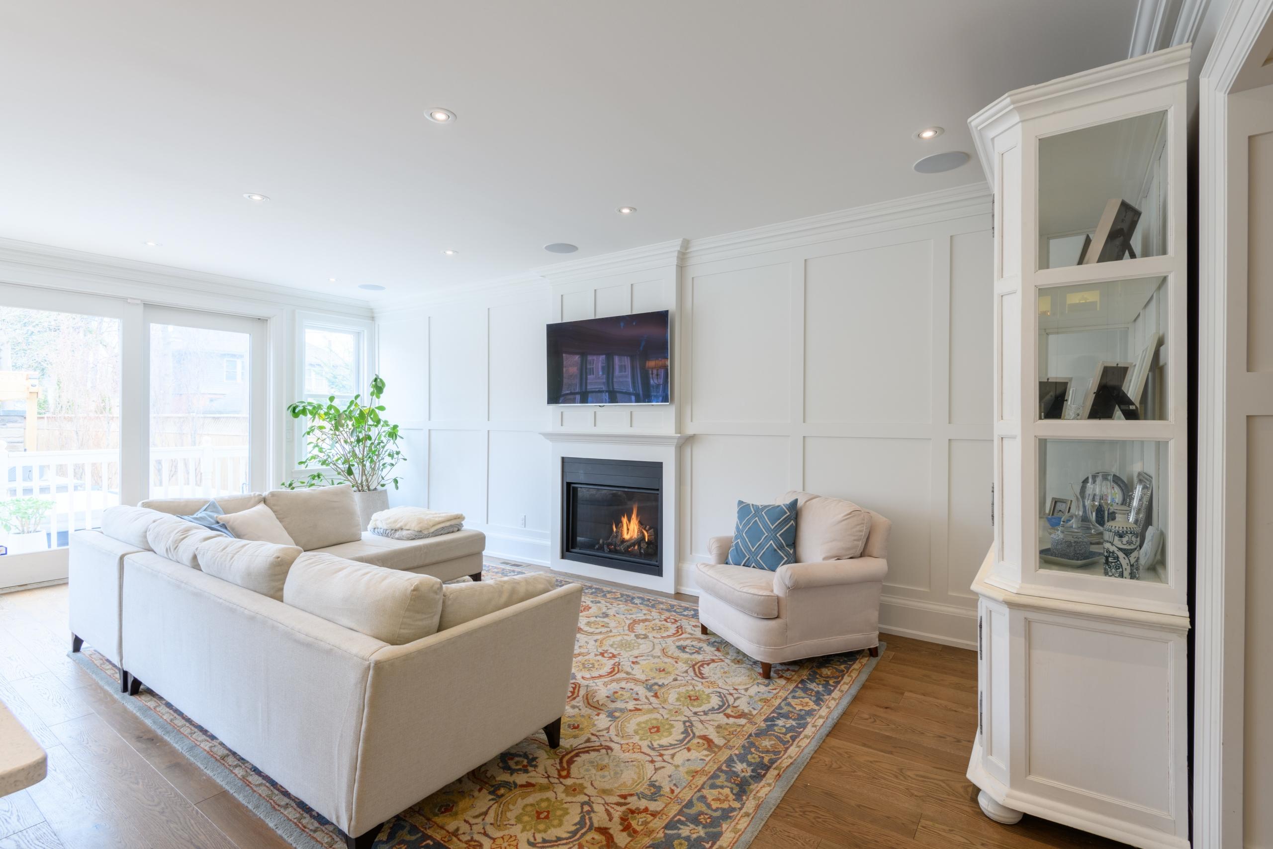 Living room featured at 199 Allan Street, Old Oakville, ON at Alex Irish & Associates