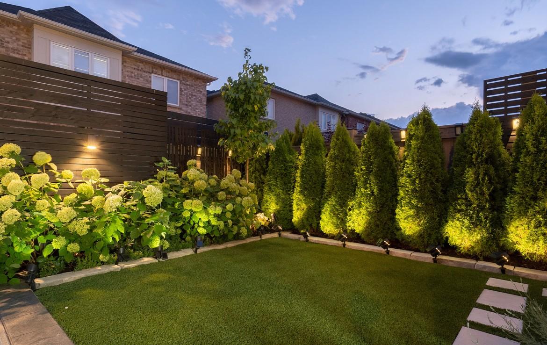 Backyard featured at 3342 Moses Way, Burlington, ON at Alex Irish & Associates