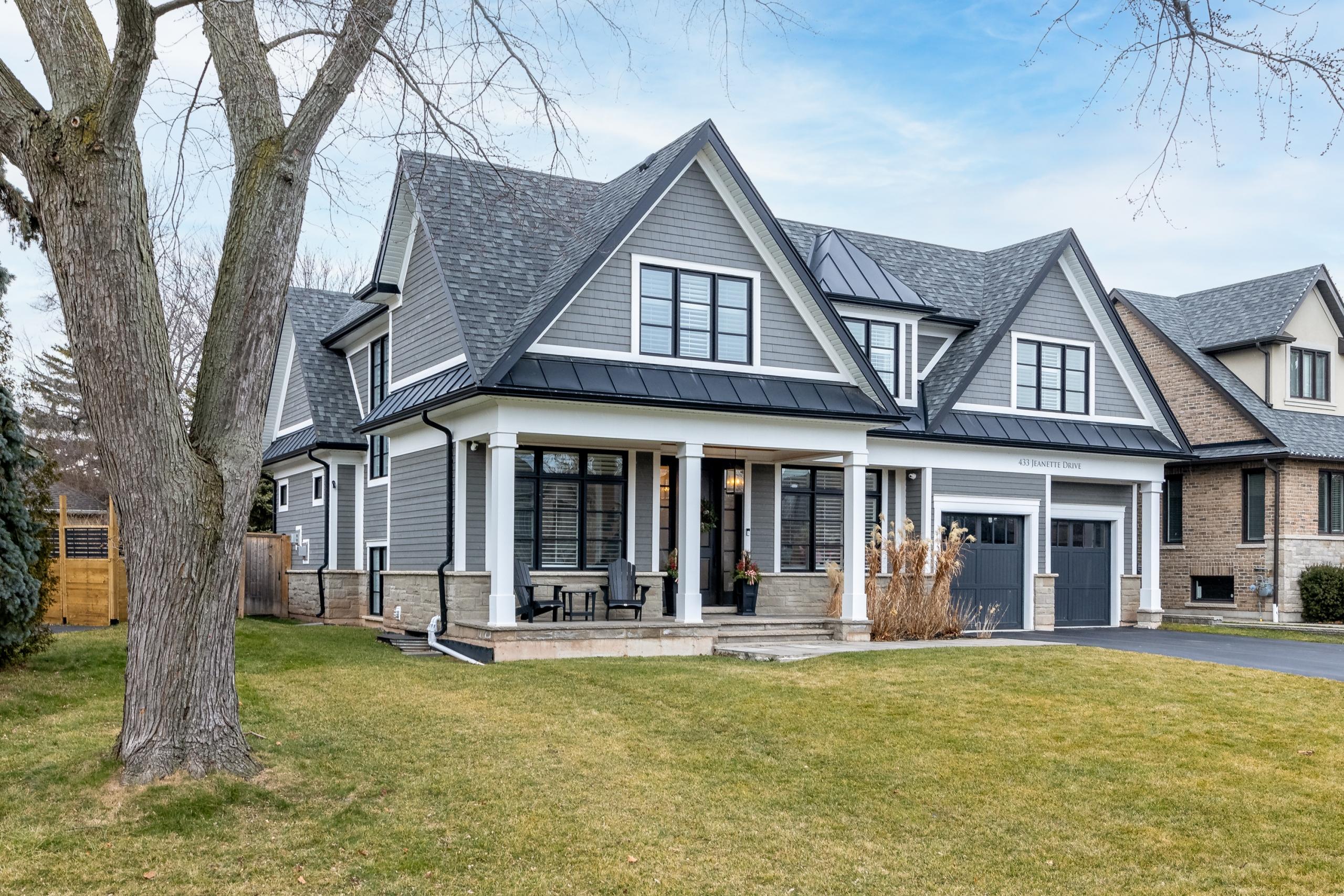 Custom Home 433 Jeanette Drive, Southwest Oakville at Alex Irish & Associates