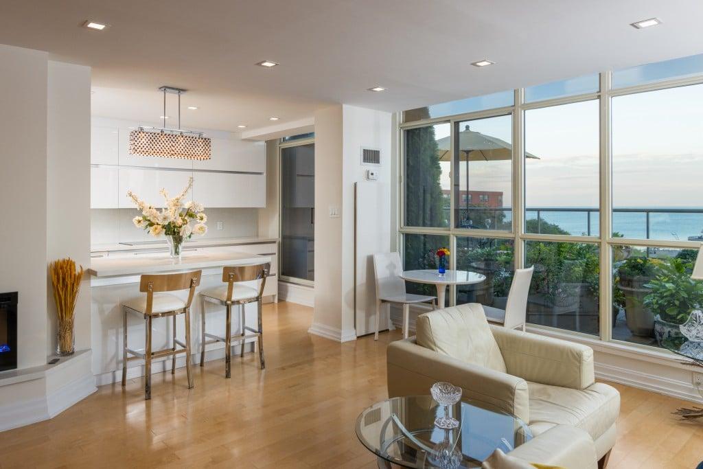 Living room featured at 508 – 415 Locust Street, Burlington, ON at Alex Irish & Associates
