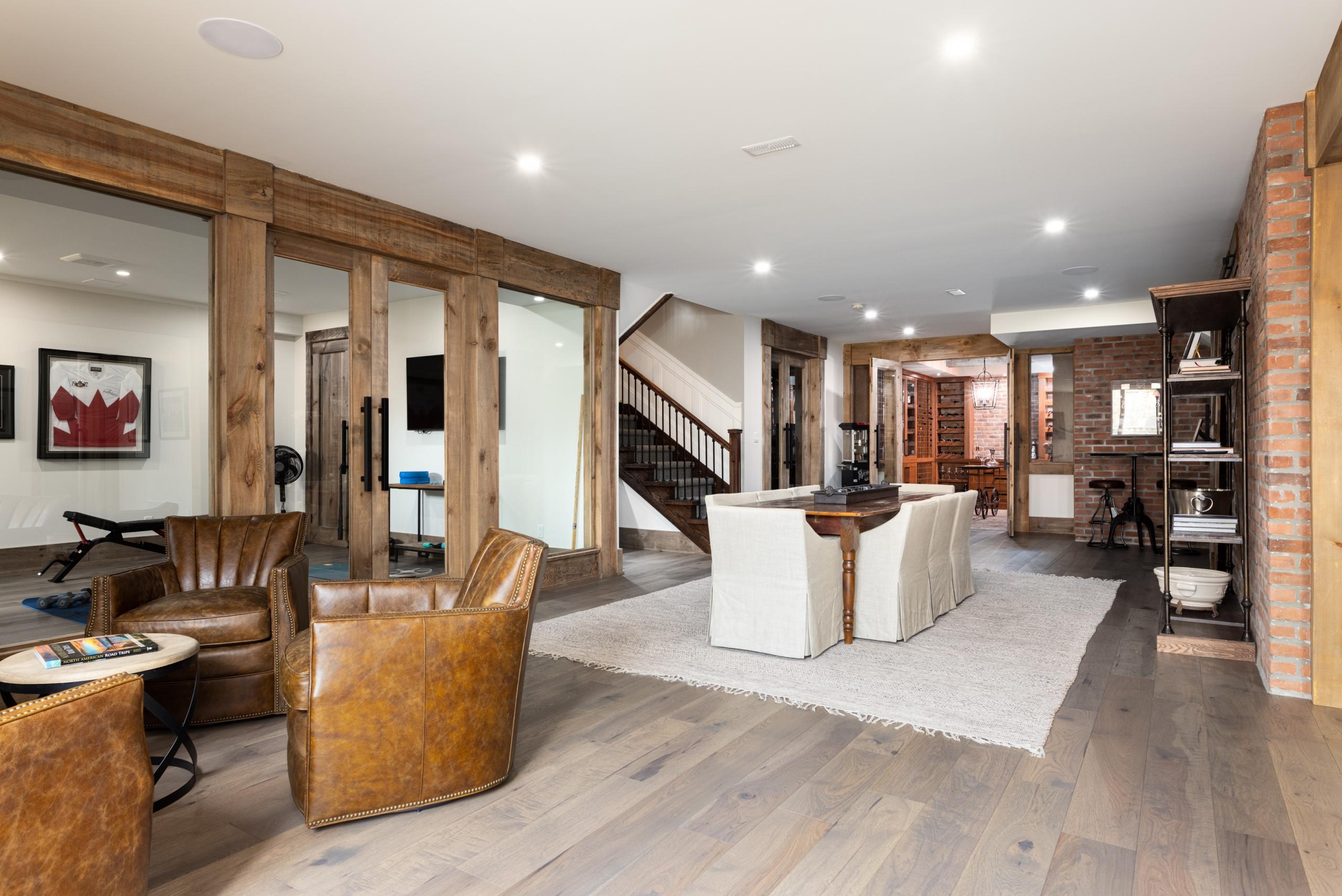 28 Highland Road, Oakville at Alex Irish & Associates