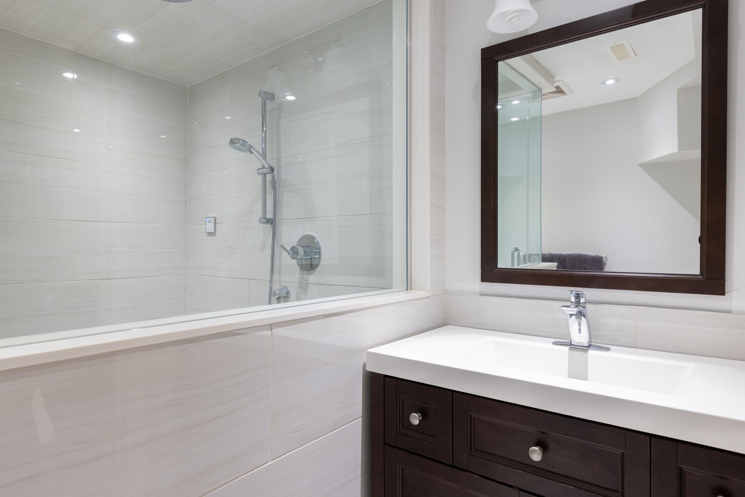 Bathroom featured at 3505 Quilter Court, Burlington, ON at Alex Irish & Associates