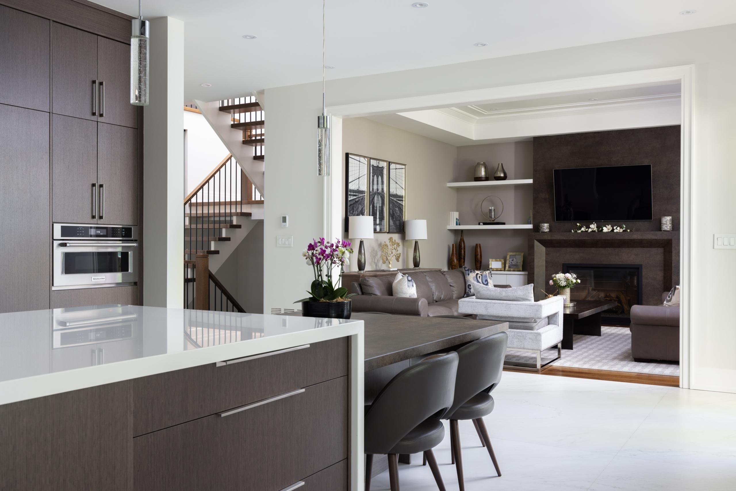 382 Sandhurst Drive, Oakville at Alex Irish & Associates