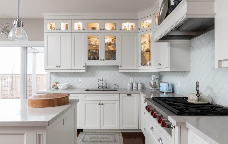 Kitchen featured at 272 Cliffcrest Court, Burlington, ON by Alex Irish & Associates