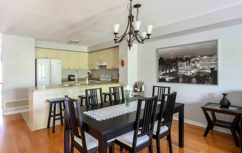Dining room featured at 10 – 3355 Thomas Street, Mississauga, ON at Alex Irish & Associates