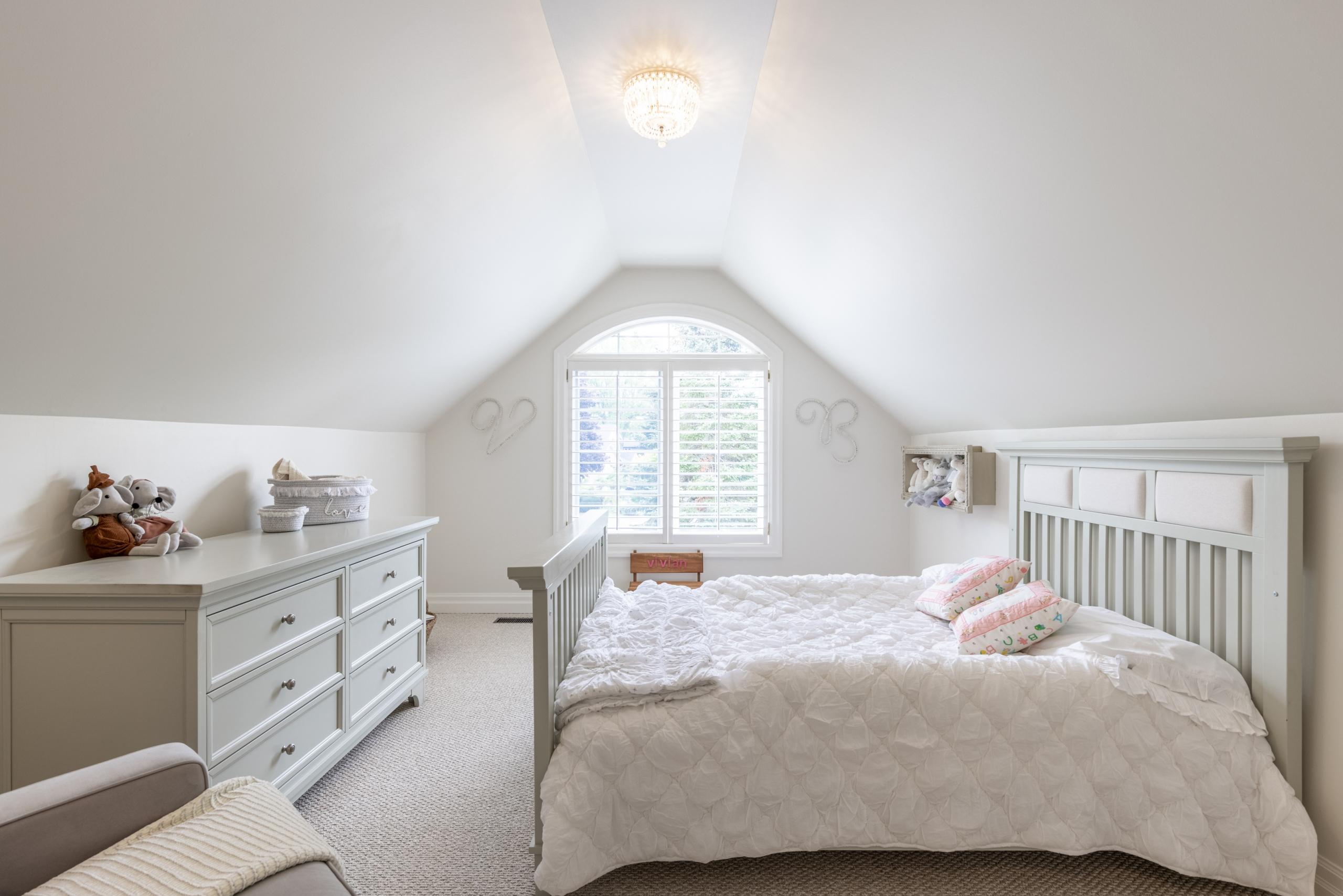 Bedroom featured at 956 Halsham Court, Mississauga at Alex Irish & Associates