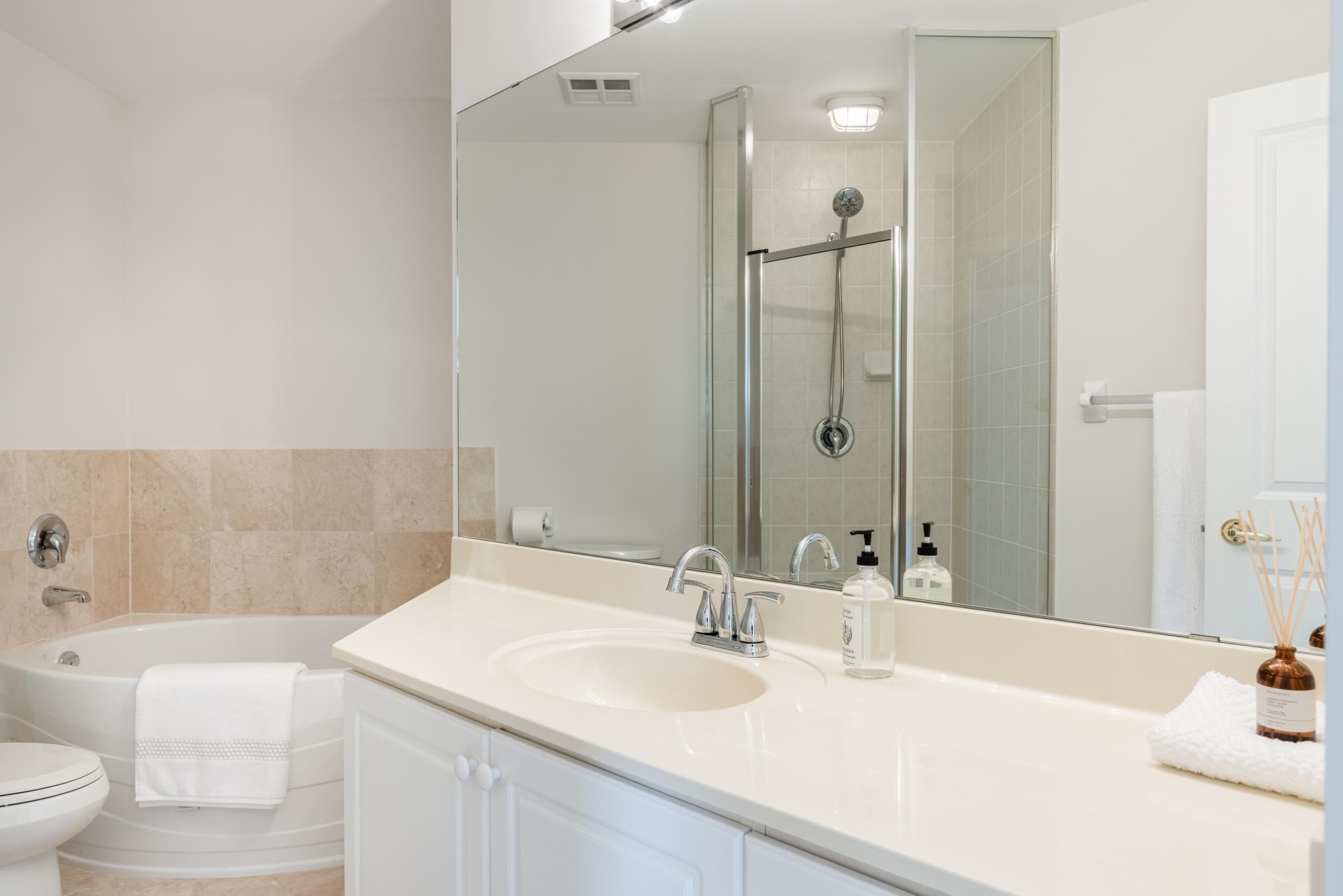 Bathroom featured at 508-40 Old Mill Road, Oakville at Alex Irish & Associates