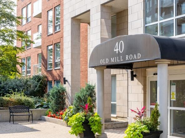 508-40 Old Mill Road, Oakville at Alex Irish & Associates