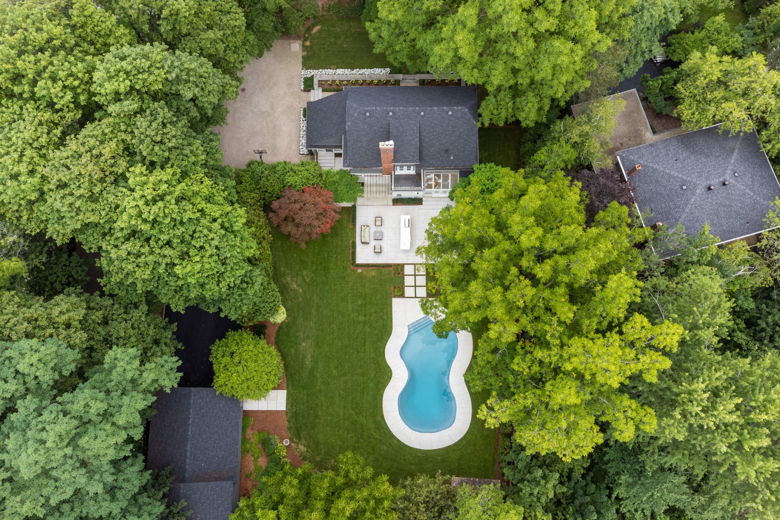 Swimming pool featured at 573 Lakeshore Road West, Oakville, ON at Alex Irish & Associates