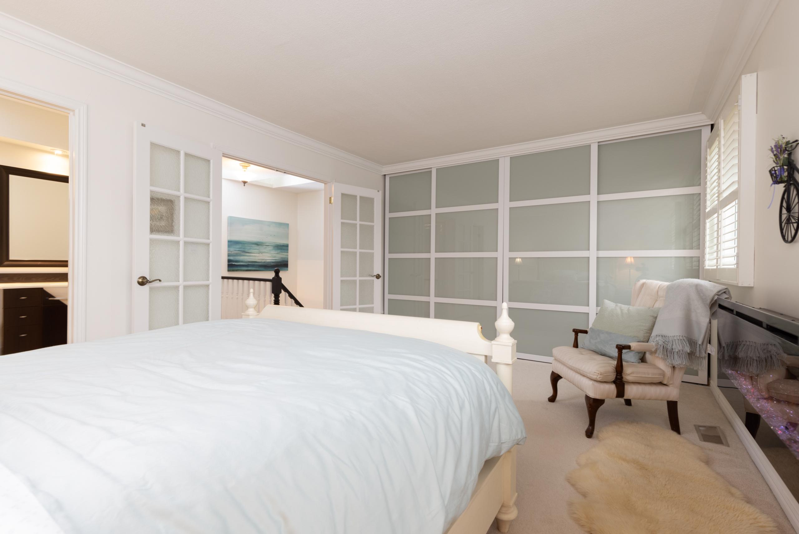 Bedroom featured at 16-2299 Marine Drive, Oakville, ON at Alex Irish & Associates